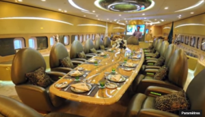 04 - Prince Al-Waleed bin Talal's 747-400 - salle à manger (1)
