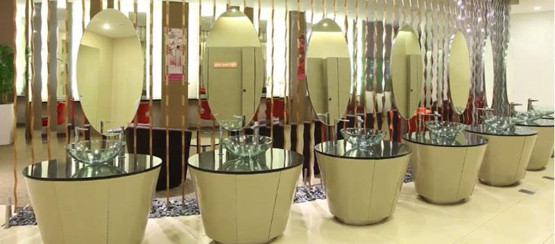 aéroport Changi de Singapour-lavabos