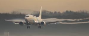 pas de chemtrail - fumée blanche sortant des ailes et des extrémités des ailes