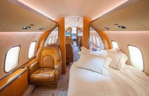 Boeing 767-33A-ER Private Jet - équipé d'une salle à manger à 30 places