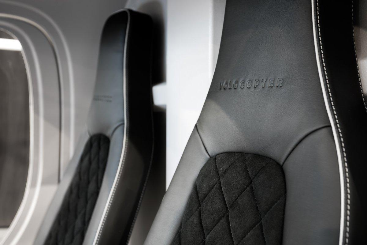 Volocopter, 1ère voiture volante – sièges