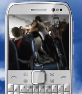 rixe sur avion causée par une femme qui n'a pas voulu baisser le volume de sa musique