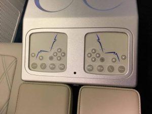 chaque siège à des ports USB, des prises de courant, et plus - photo Sarah Kimmorley