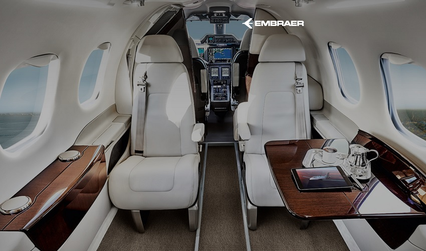 Embraer Phenom 100 cabine - Photo Embraer