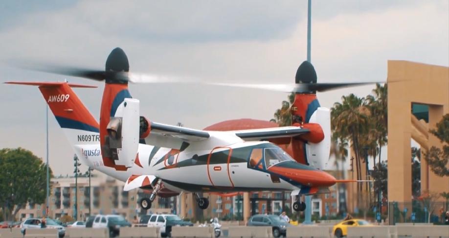 Leonardo AW609 au décollage vertical