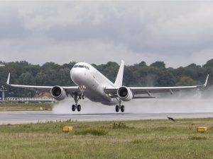 00 Airbus ACJ319 - photo Cabinet Alberto Pinto