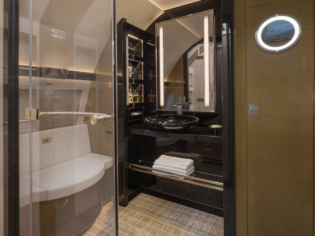 04 Airbus ACJ319 salle de bains – photo Cabinet Alberto Pinto