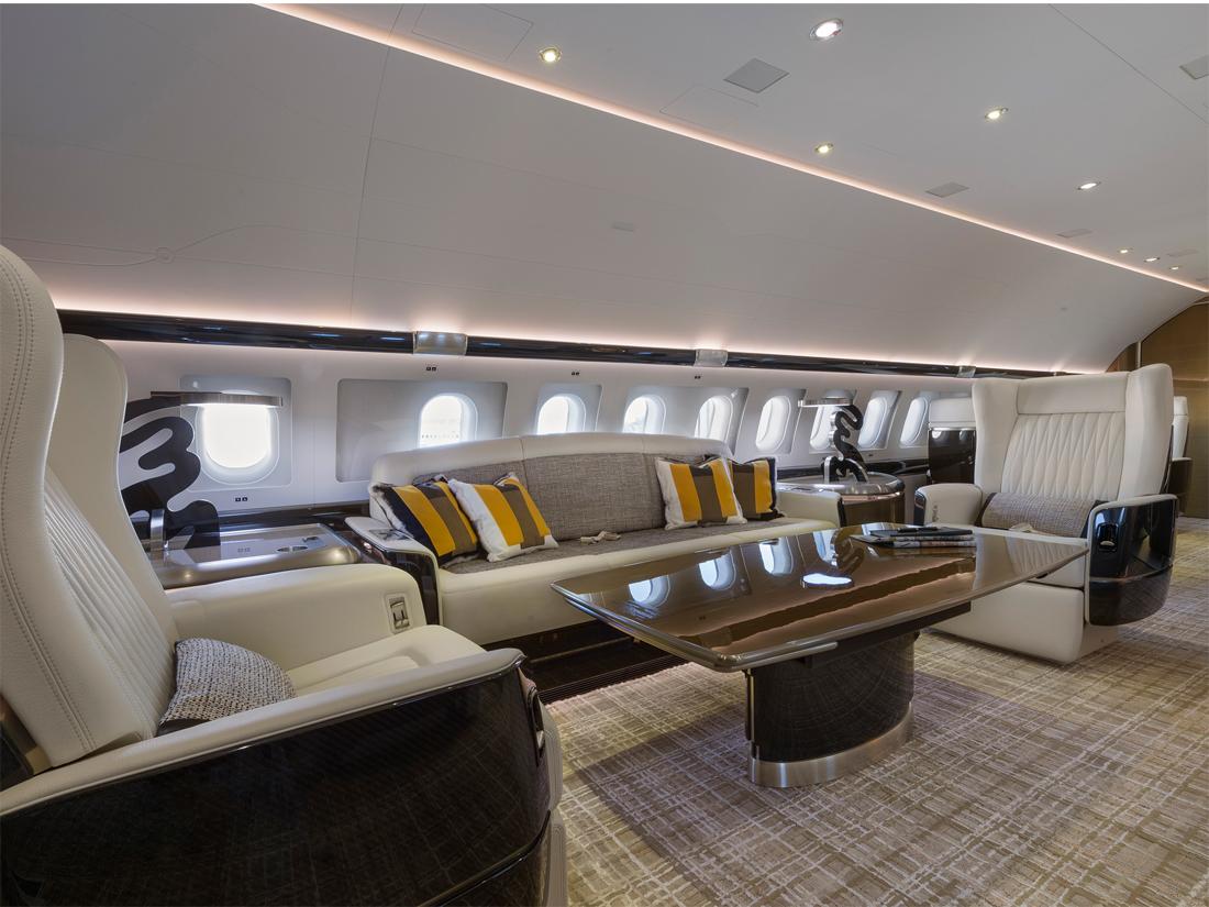 06 Airbus ACJ319 salle de séjour, photo Cabinet Alberto Pinto