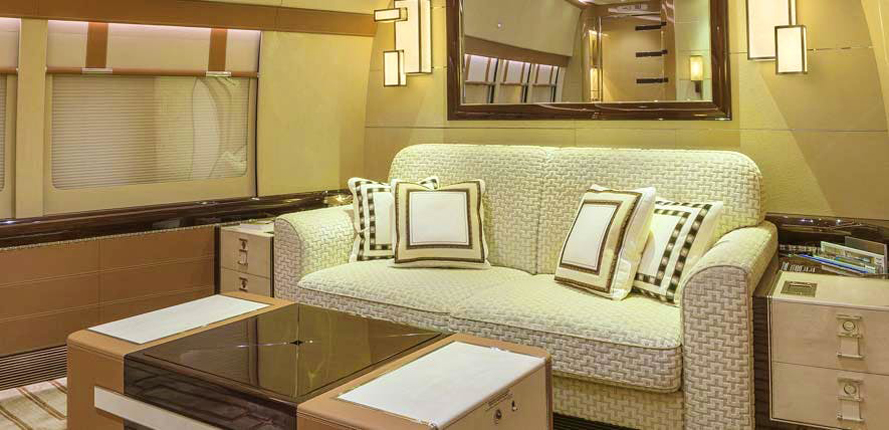 Boeing BBJ 747-8 Alberto Pinto – des sofas partout