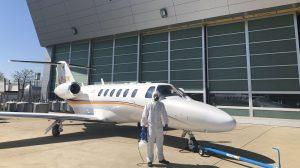 Atlas Air Service desinfecte un jet privé