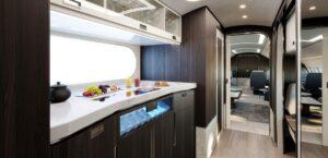 ACJ220- La cuisine très grande
