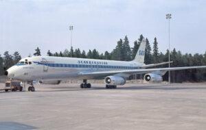 8 - Douglas DC-8